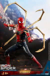 Hot Toys Avengers Infinity War Spider-Man Iron Spider Figure